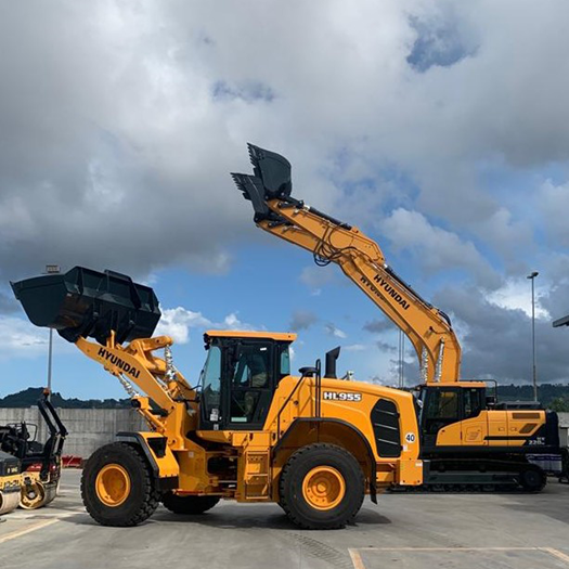 hyundai hl955 at new hyundai dealer edimac outside